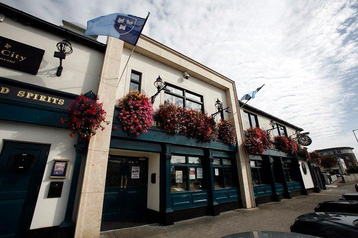 The Long Mile Inn